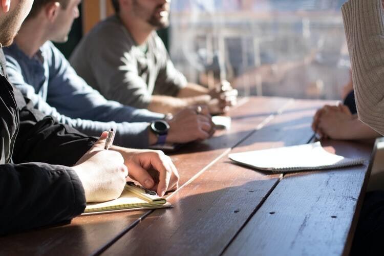 quais-os-tipos-de-lideranca-organizacional